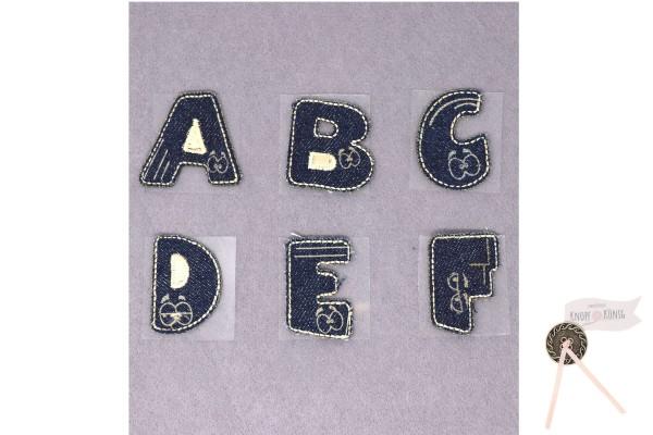 Buchstaben in Jeansoptik
